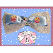 Sparkle cupcake bow