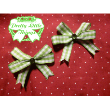 Fat green Gingham bow