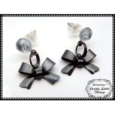 Mini Metal bow earrings